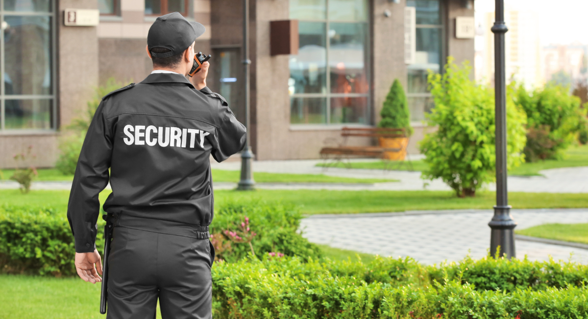 Top Challenges That Security Guards Face In Summer